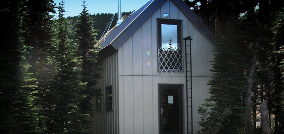 Photo of the new Raven Lake Cabin